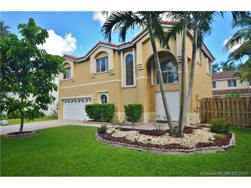 11311 Rockinghorse Rd, Cooper City, FL 33026