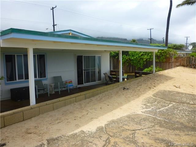 68-695 Farrington Highway, Waialua, HI 96791