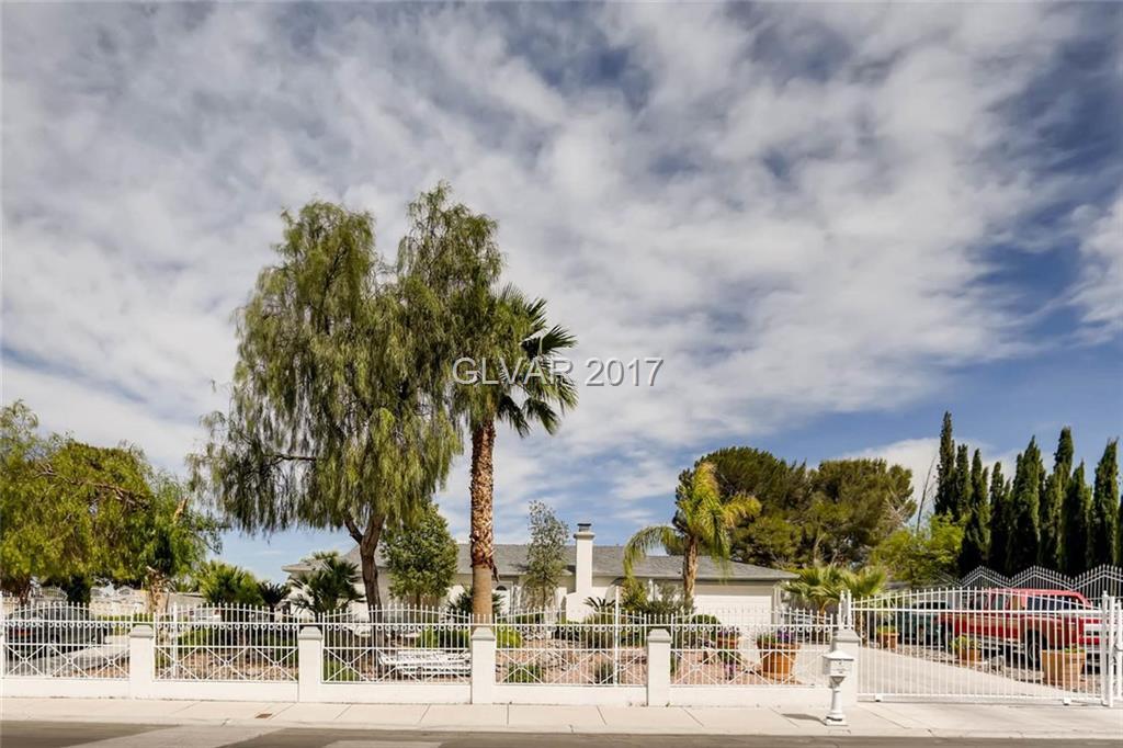 7950 RED BARN Drive, Las Vegas, NV 89123