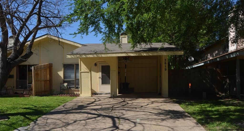 2619 Nina Circle, Grand Prairie, TX 75052