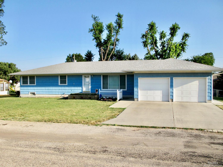 441 W 4th Street, Tescott, KS 67484