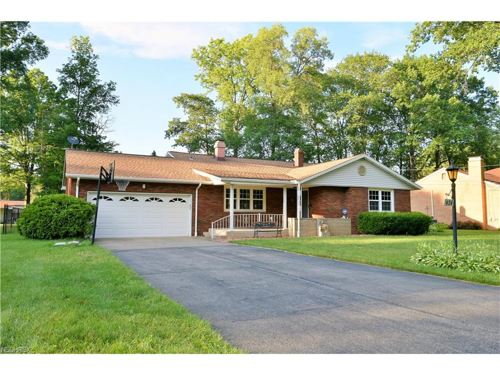 424 Catherine St, Youngstown, OH 44505