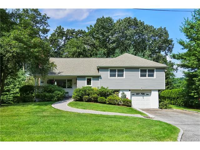 32 Concord Road, Ardsley, NY 10502