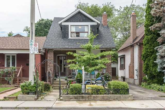 228 King Edward Ave, Toronto, ON M4C 5K1