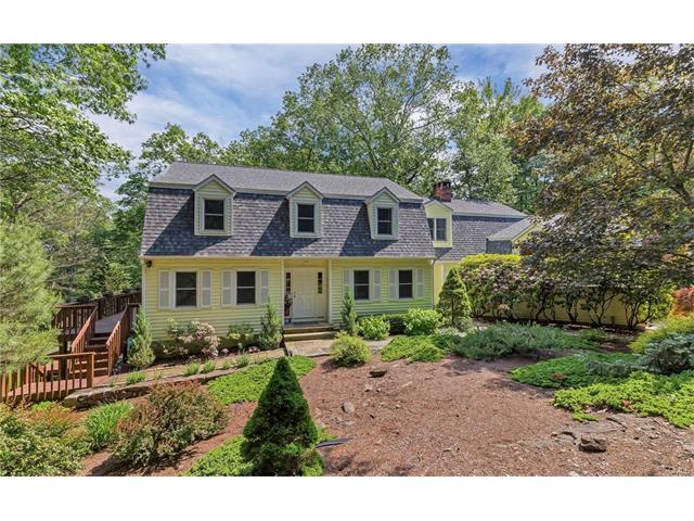 27 Indian Hill Road, Redding, CT 06896