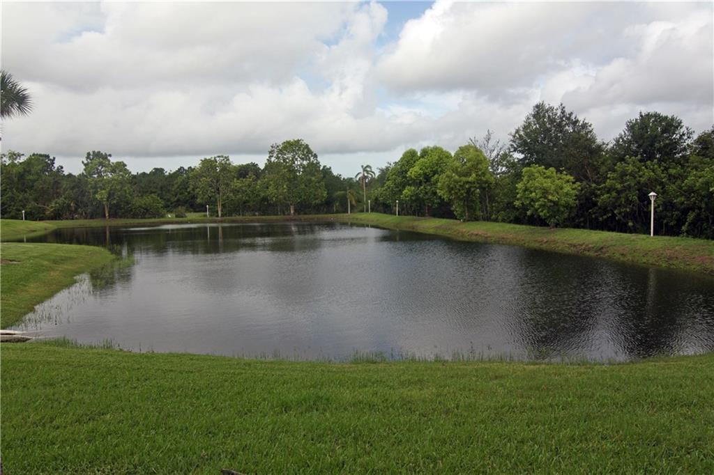 99 SW Blackburn Terrace J-2, Stuart, FL 34997