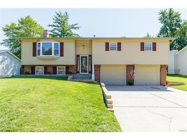 2808 Olde Gloucester Drive, St Charles, MO 63301