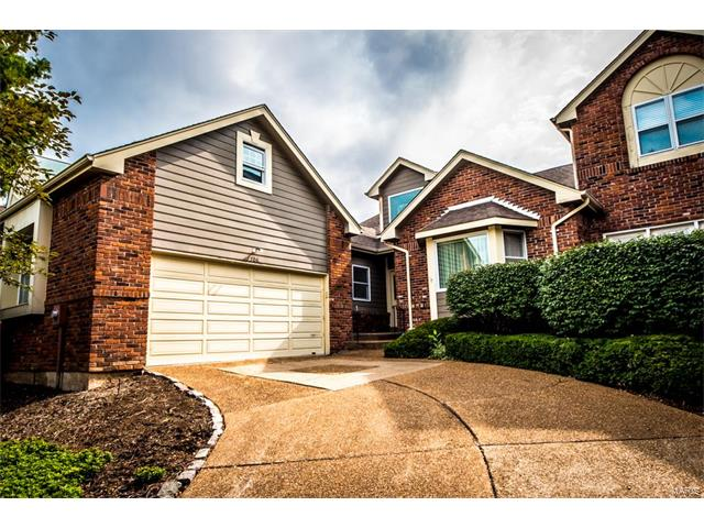 706 Willow Spring Hill Court, Chesterfield, MO 63017