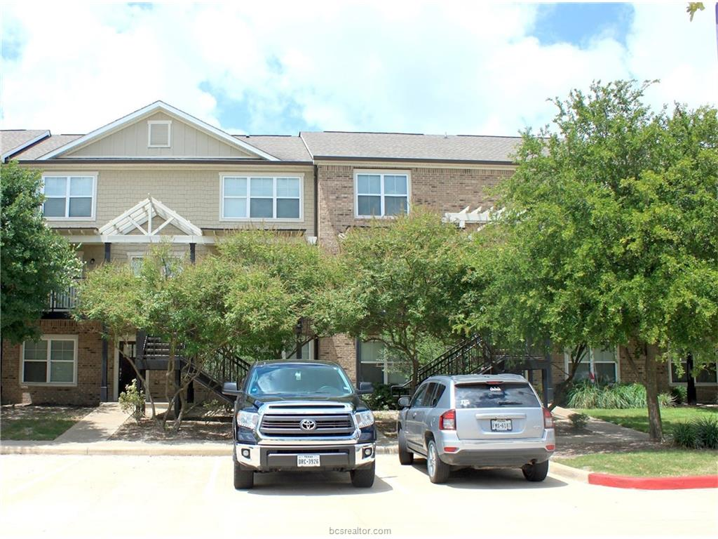 1725 Harvey Mitchell 1425, College Station, TX 77840