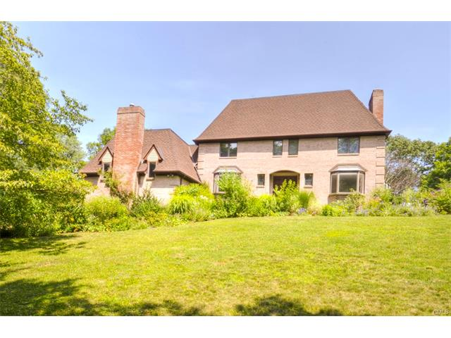 33 Ferncliff Road, Greenwich, CT 06807