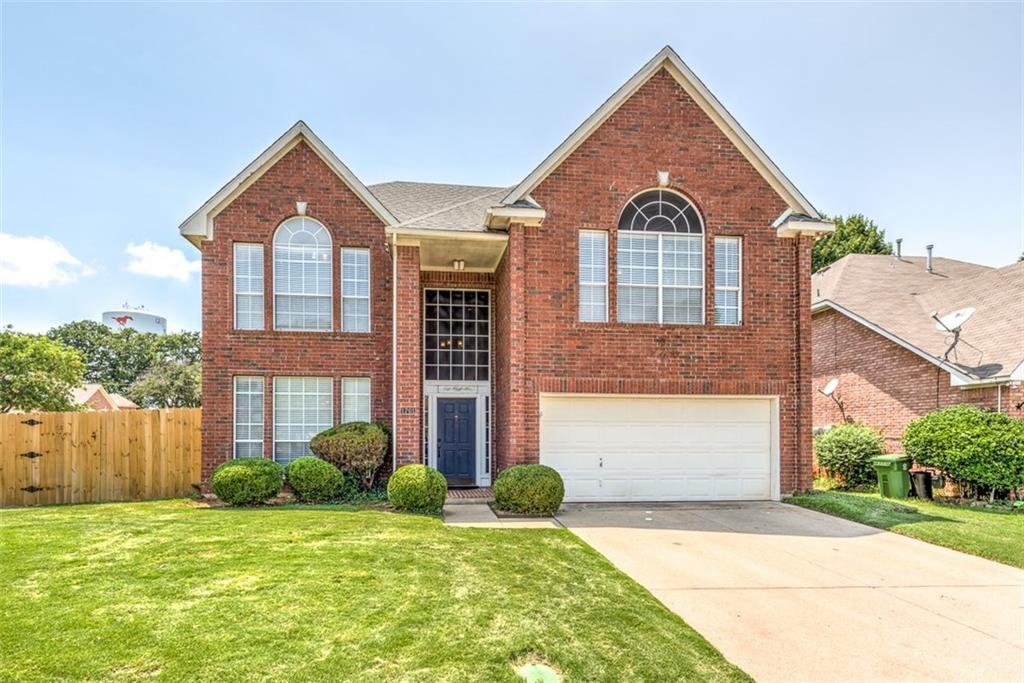 1701 Foxchase Lane, Grapevine, TX 76051