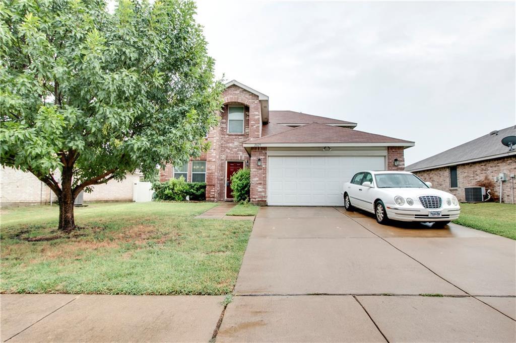 2029 W Grove Lane, Grand Prairie, TX 75052