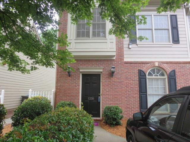 1235 Harris Commons Place, Roswell, GA 30076