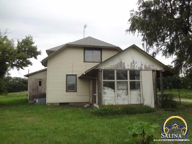 1300 Shawnee Road, Lindsborg, KS 67456