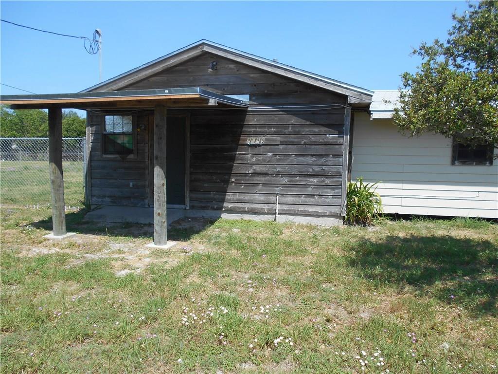 2025 Orange St, Corpus Christi, TX 78418
