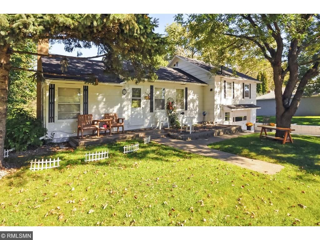 2366 Augusta Road, South Haven, MN 55382