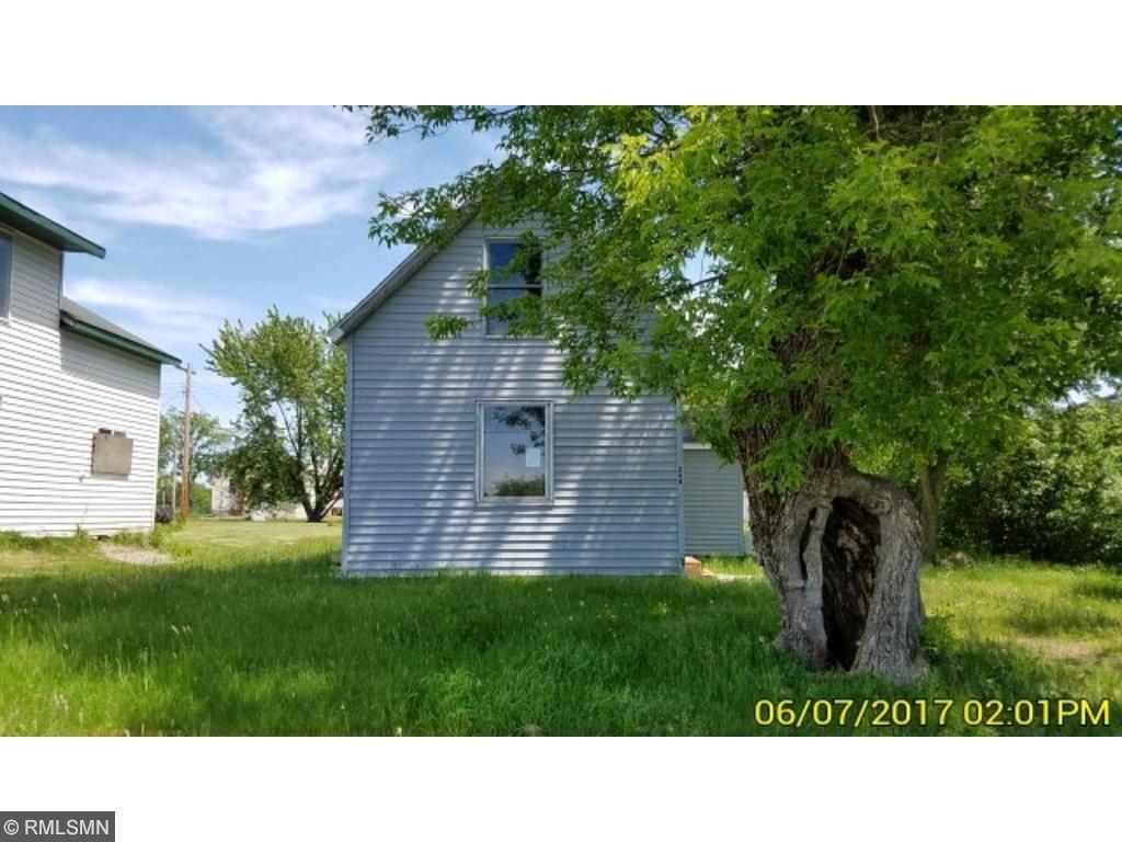 204 Oak Street, Grasston, MN 55030