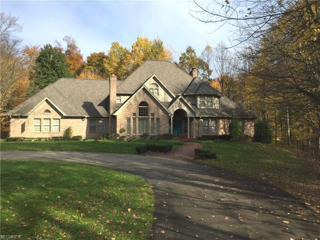 4184 Leffingwell Rd, Canfield, OH 44406