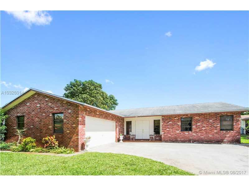 11221 NW 27th Ct, Plantation, FL 33323