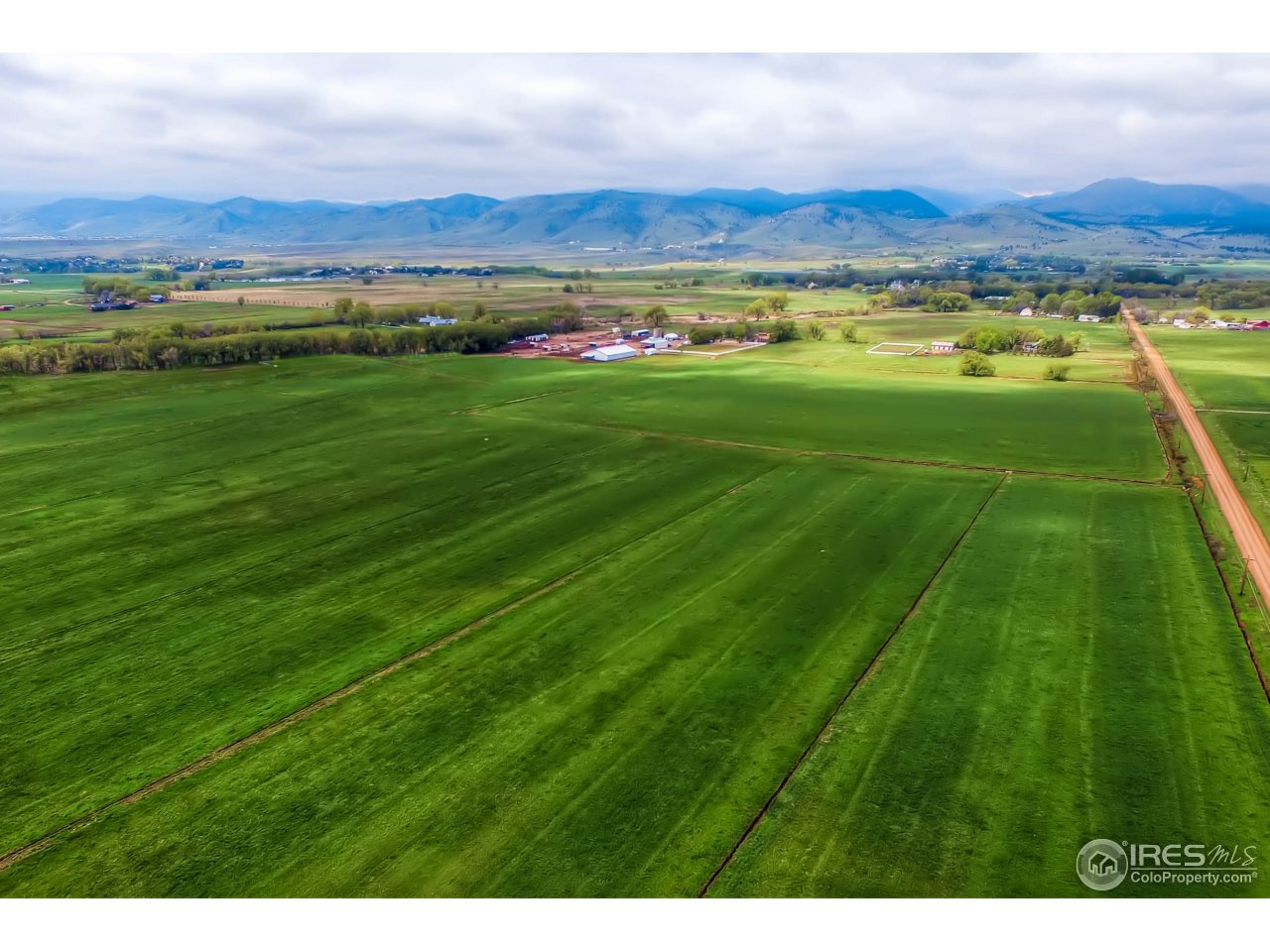 4504 Oxford Rd, Longmont, CO 80503