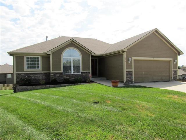950 NW Birch Court, Grain Valley, MO 64029