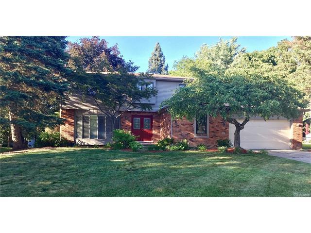 1609 DEERHURST Lane, Rochester Hills, MI 48307