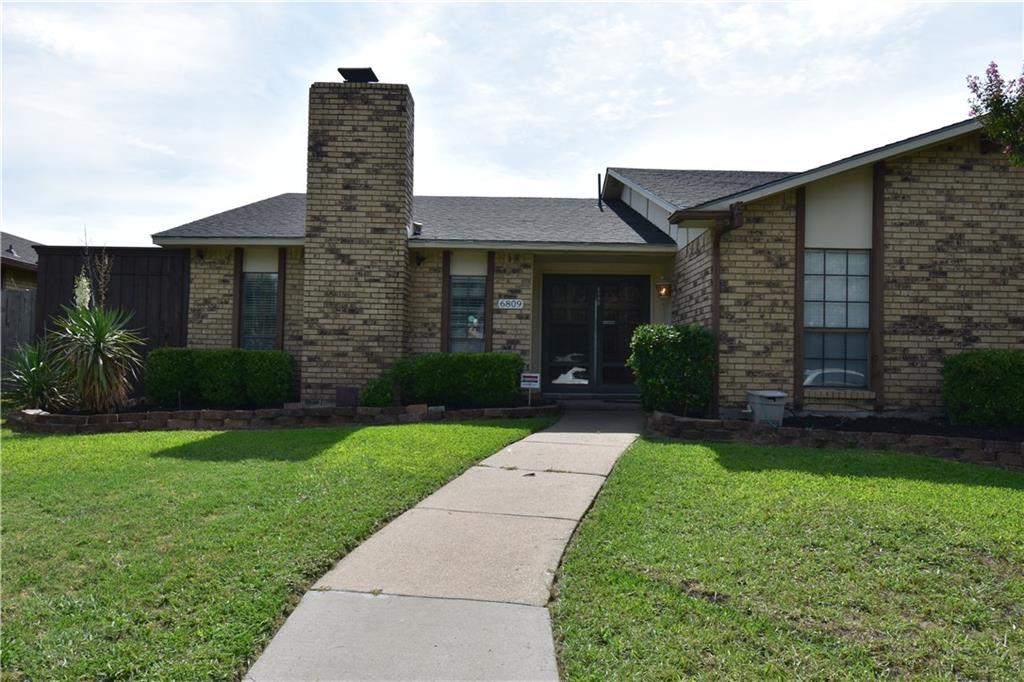 6809 Curry Drive, The Colony, TX 75056