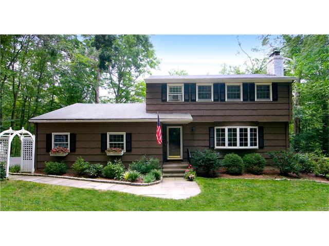 32 Florida Hill Road, Ridgefield, CT 06877