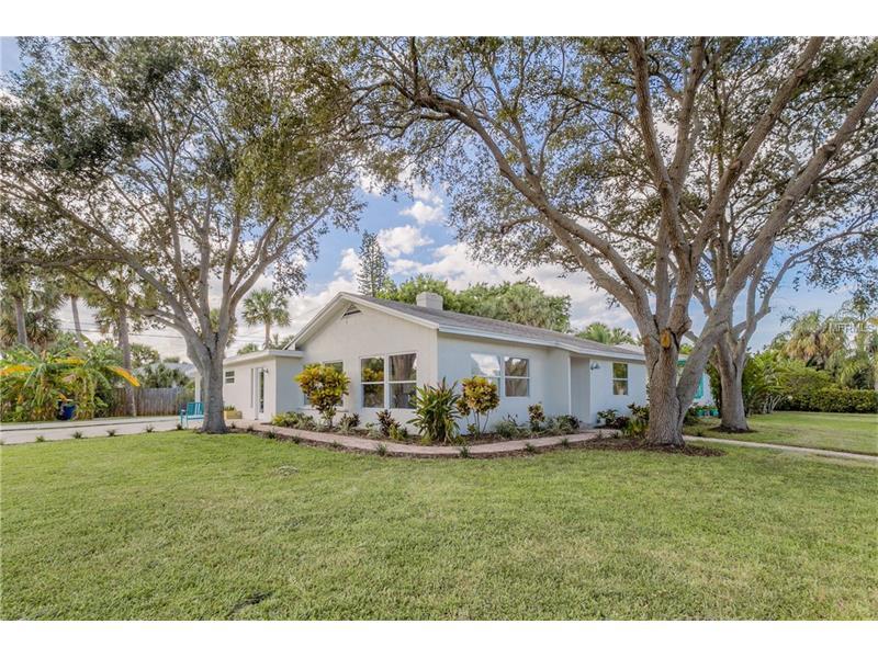 800 LANTANA AVENUE, CLEARWATER BEACH, FL 33767