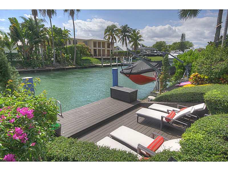 760 LAKE RD, Miami, FL 33137