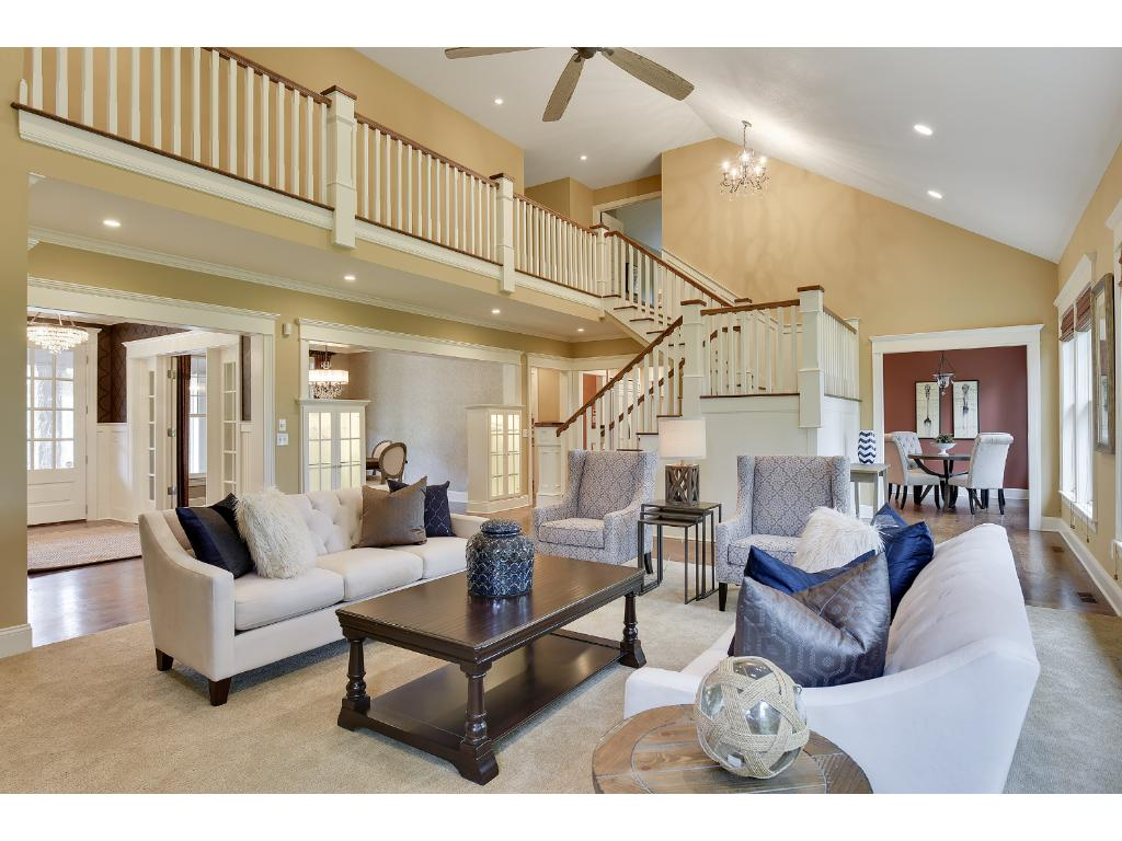 1643 Oakpointe Drive, Waconia, MN 55387