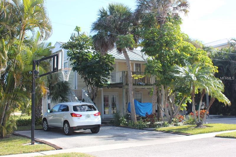 7107 HOLMES BOULEVARD, HOLMES BEACH, FL 34217