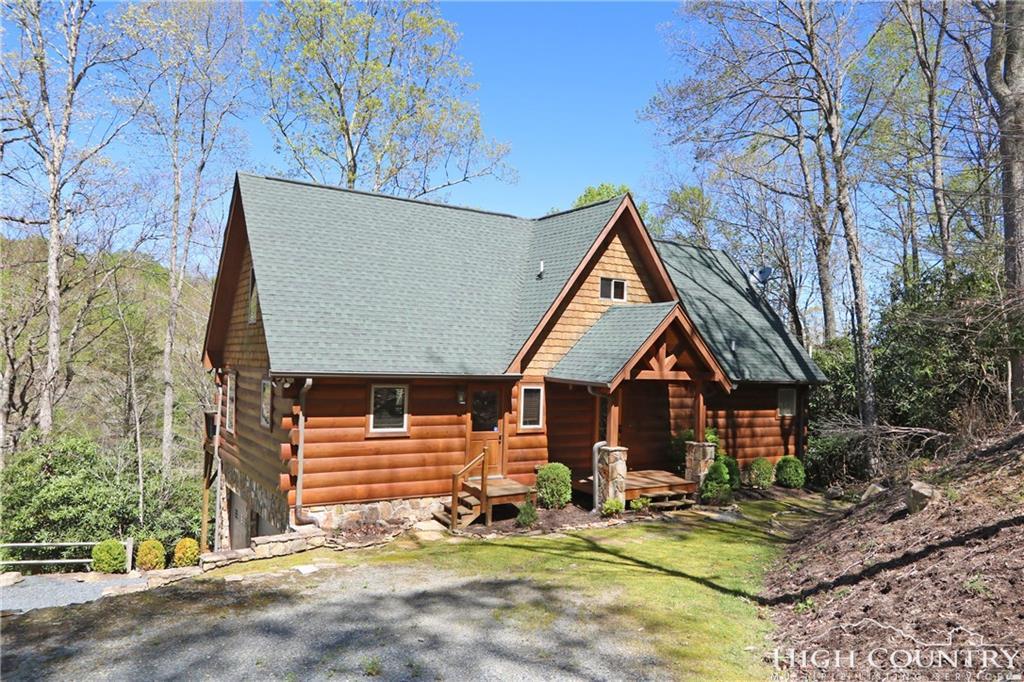 387 New Homestead Drive, Vilas, NC 28692