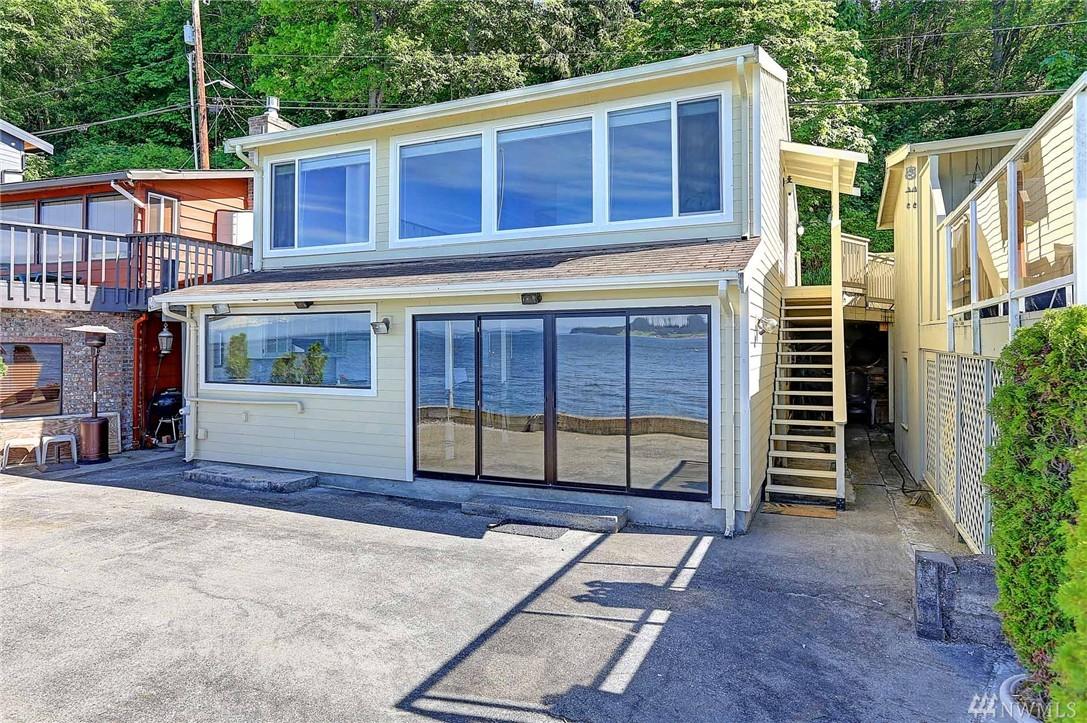 718 Maple Grove Rd, Camano Island, WA 98282