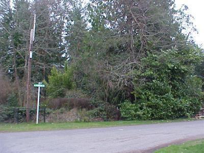 4290 Forest Dr, Bremerton, WA 98310
