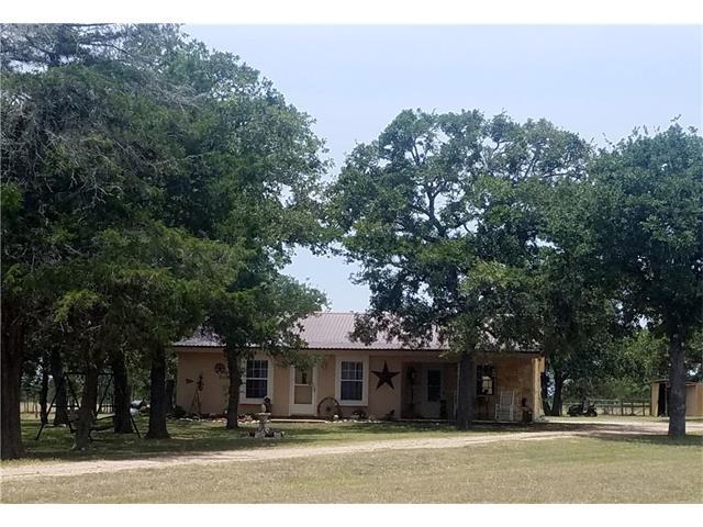 3536 Burke Rd, Flatonia, TX 78941