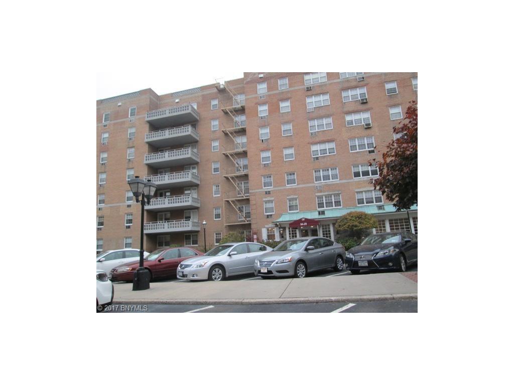 8939 153 Avenue 4E, Queens, NY 11414