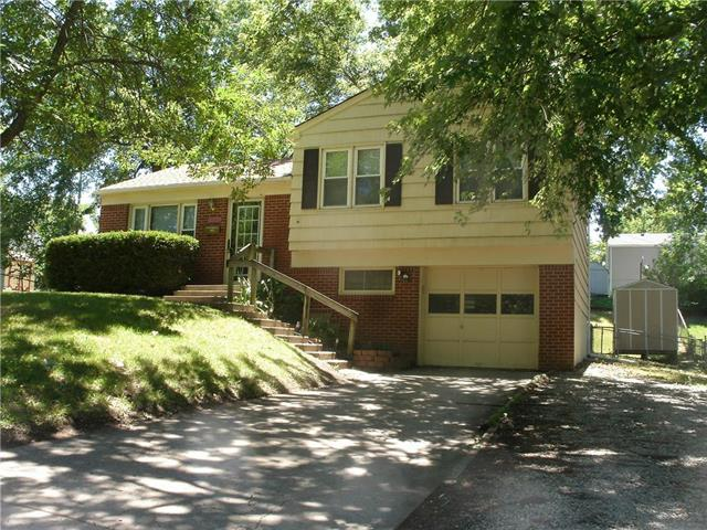 601 W 38th Street, Independence, MO 64050