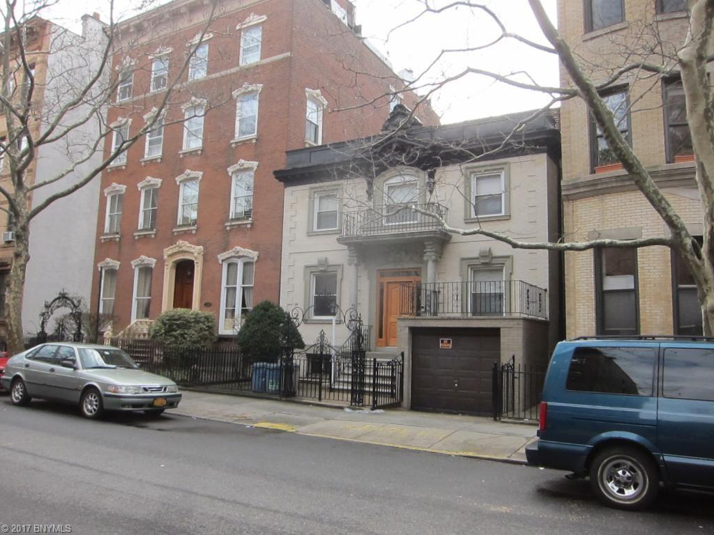 236 President Street, Brooklyn, NY 11231