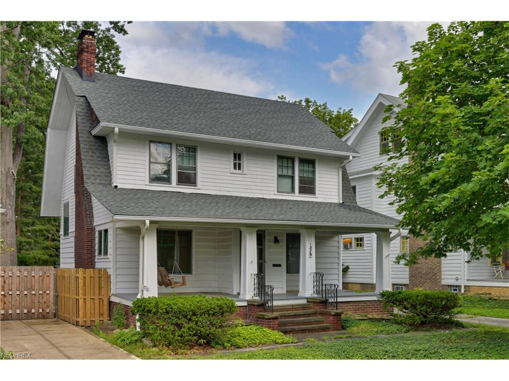 1279 Manor Park Ave, Lakewood, OH 44107