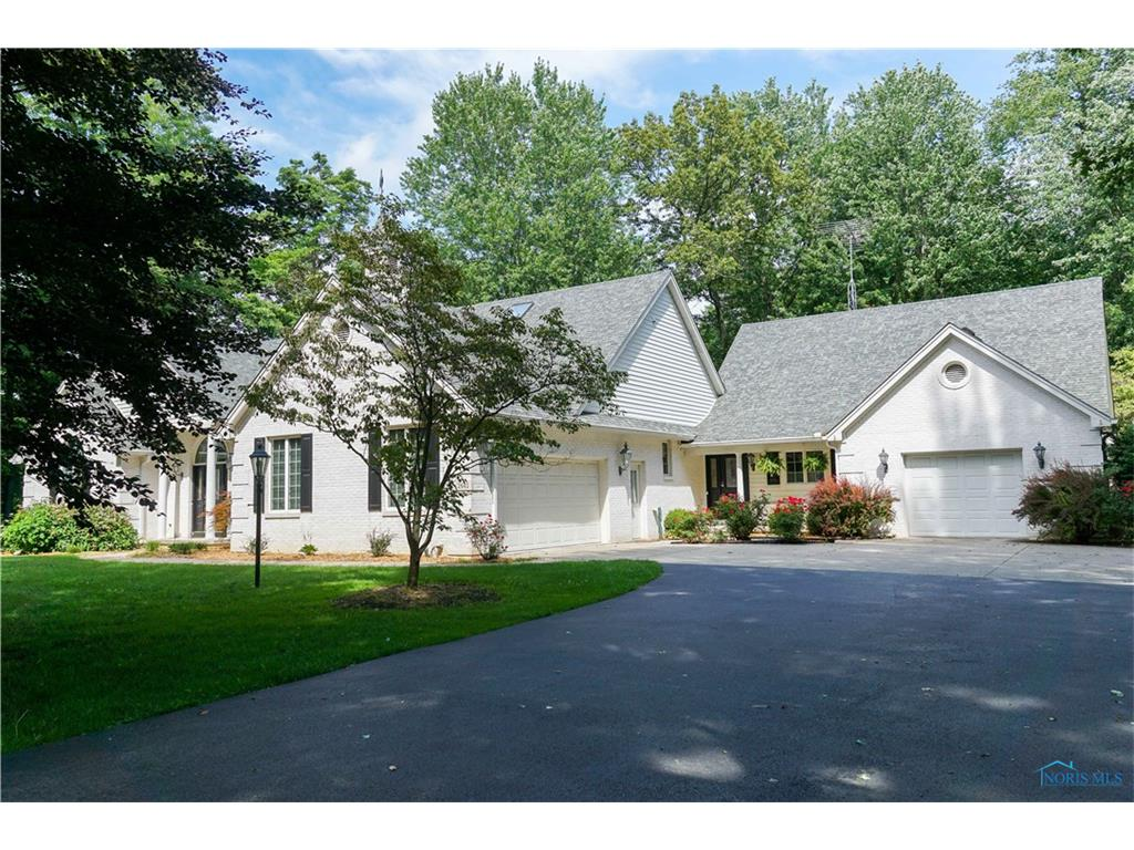 2645 Scott Road, Swanton, OH 43558