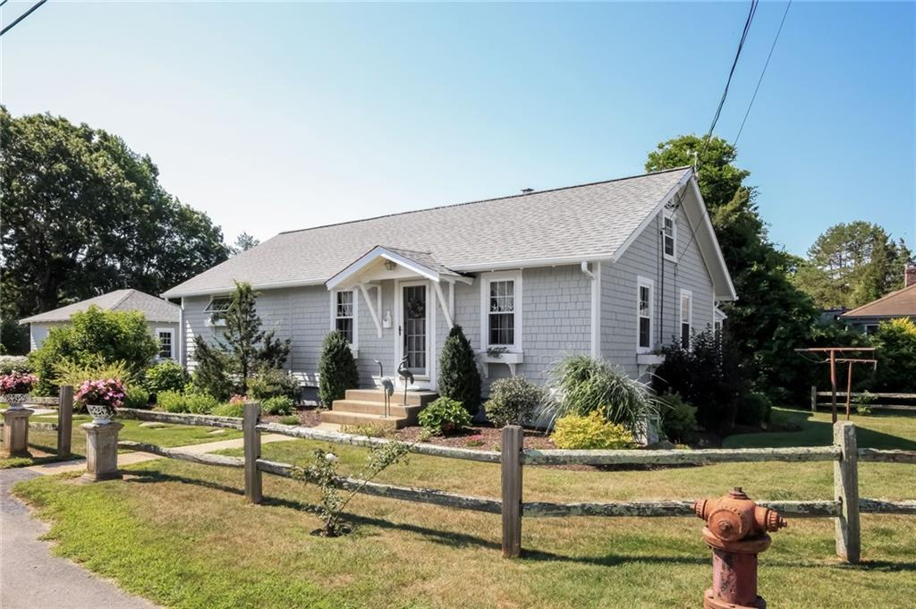 20 POND ST, North Kingstown, RI 02852