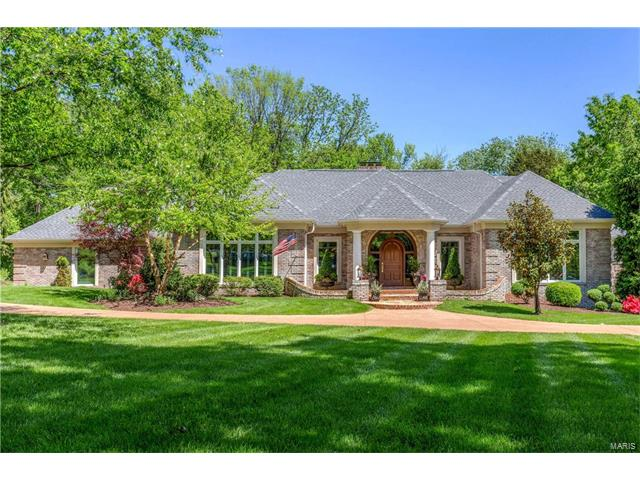 1950 Muir Woods Lane, Town and Country, MO 63131