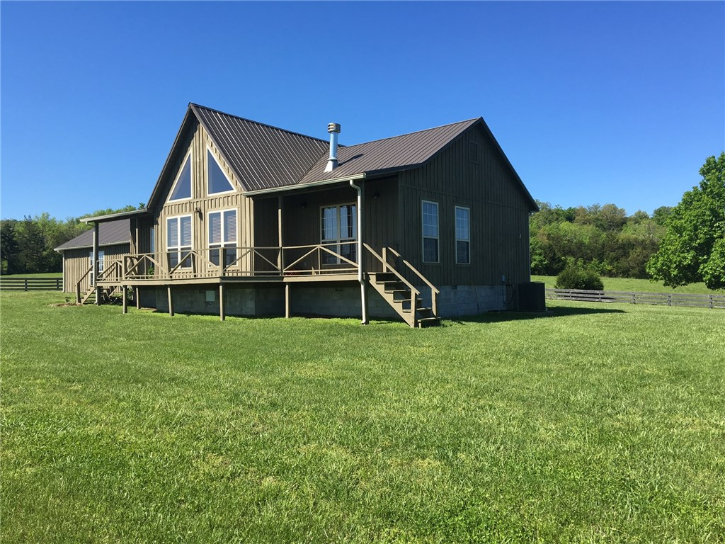 301 County Road 322, Berryville, AR 72616