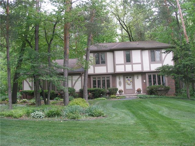 8102 FAWN VALLEY Drive, Independence Twp, MI 48348