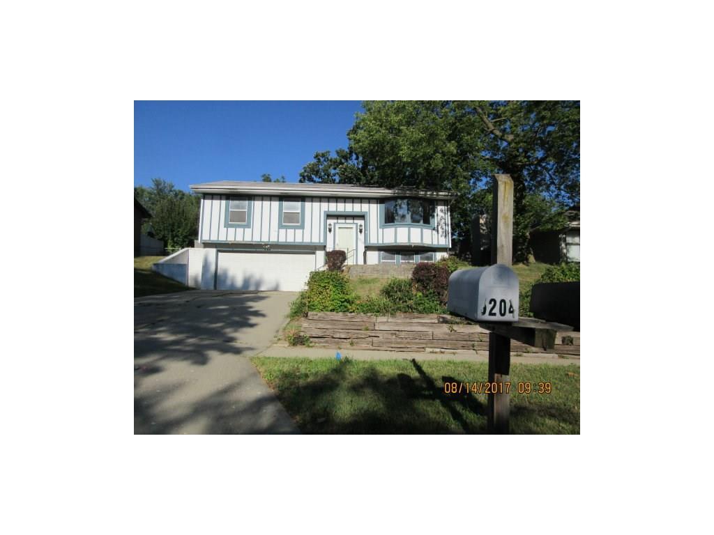 5204 SE 8th Street, Des Moines, IA 50315