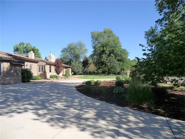 9400 Lombardy Lane, Lakewood, CO 80215