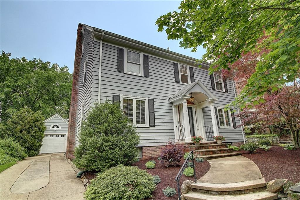 44 Alfred Stone RD, East Side of Prov, RI 02906