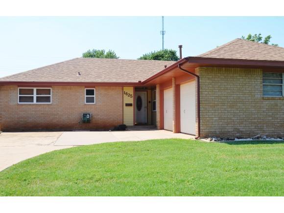 1625 Crestview, Cordell, OK 73632