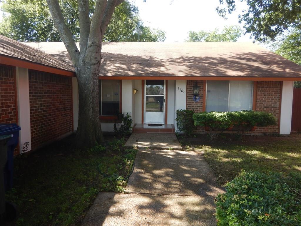 1702 Plantation Road, Garland, TX 75044